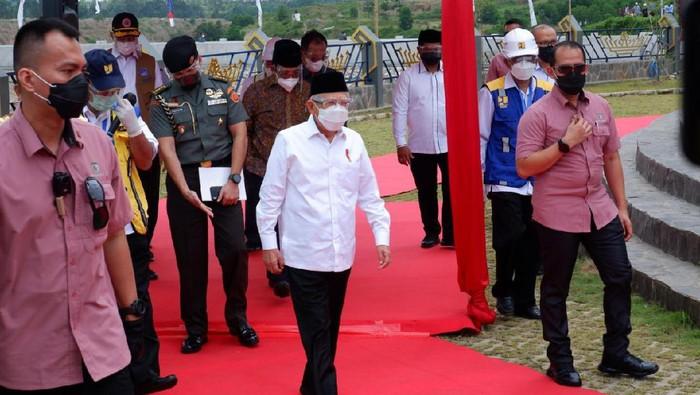 Wakil Presiden (Wapres) Ma'ruf Amin menyambangi Bendungan Way Sekampung, Lampung. Intip yuk penampakan bendungannya.
