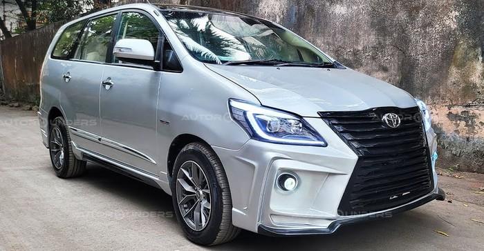 Modifikasi Toyota Innova Bertampang Lexus