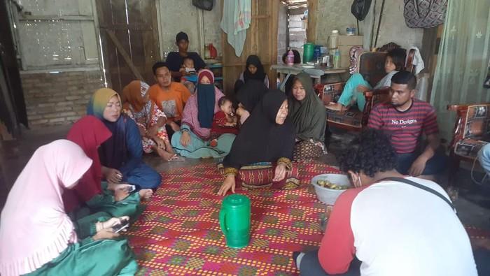 Suasana di rumah duka Yunus di Asahan (Perdana-detikcom)