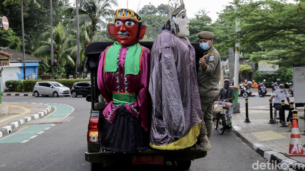 Ancang-ancang Jakarta Larang Ondel-ondel Dipakai untuk Ngemis Uang