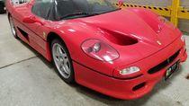 Ferrari Berusia 25 Tahun Ini Direbutkan Dua Orang, Cari Siapa Pemilik yang Sah!