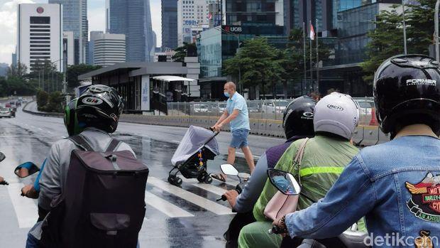 Gaya Hidup Naik 'BMW' di Jakarta