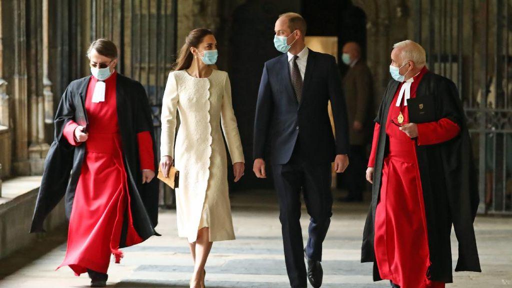 Foto: 6 Gaya Kate Middleton Bak Pengantin Lagi, Anggun dengan Gaun Putih