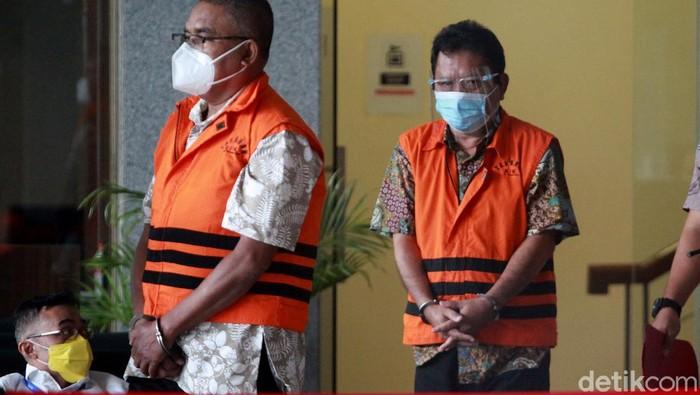 Dua pejabat Kementerian ATR/BPN Gusmin Tuarita dan Siswidodo ditahan KPK. Keduanya diduga menerima gratifikasi senilai Rp 22 miliar.
