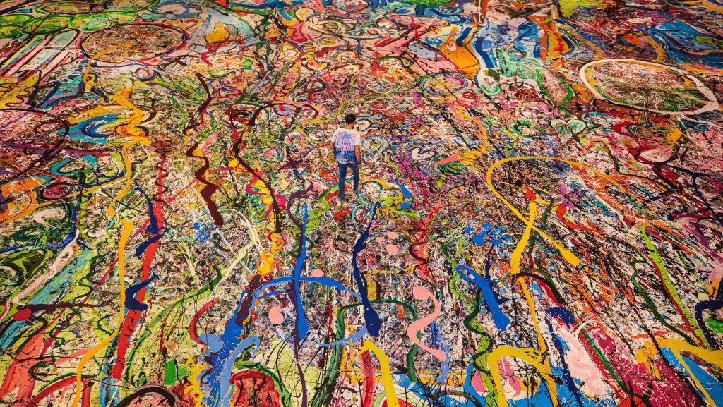 Wah! Lukisan Terbesar di Dunia Terjual Rp 894 M