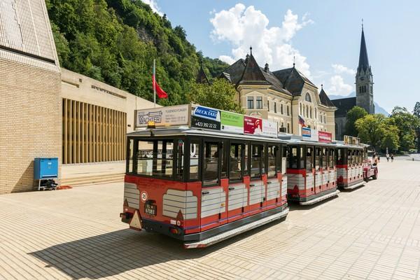Transportasinya hanya lewat jalur darat, karena Liechtenstein tak punya bandara. (Getty Images)