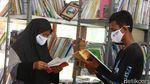 Perpustakaan Ini Jadi Tempat Belajar Anak Pemulung