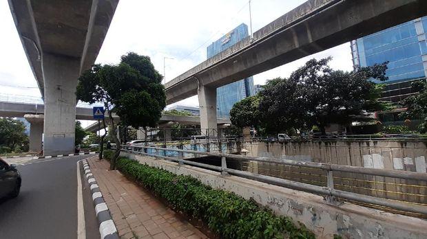 Putar Balik di Jl Prof Dr Satria dekat Kuningan City menuju Casablanca.