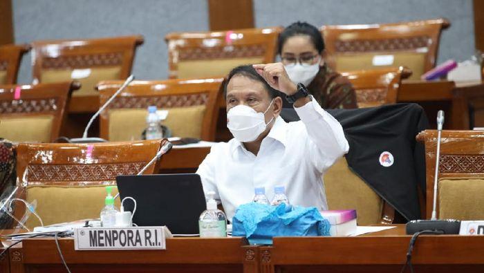 Menpora Zainudin Amali menjalani rapat dengar pendapat dengan Komisi X DPR RI.