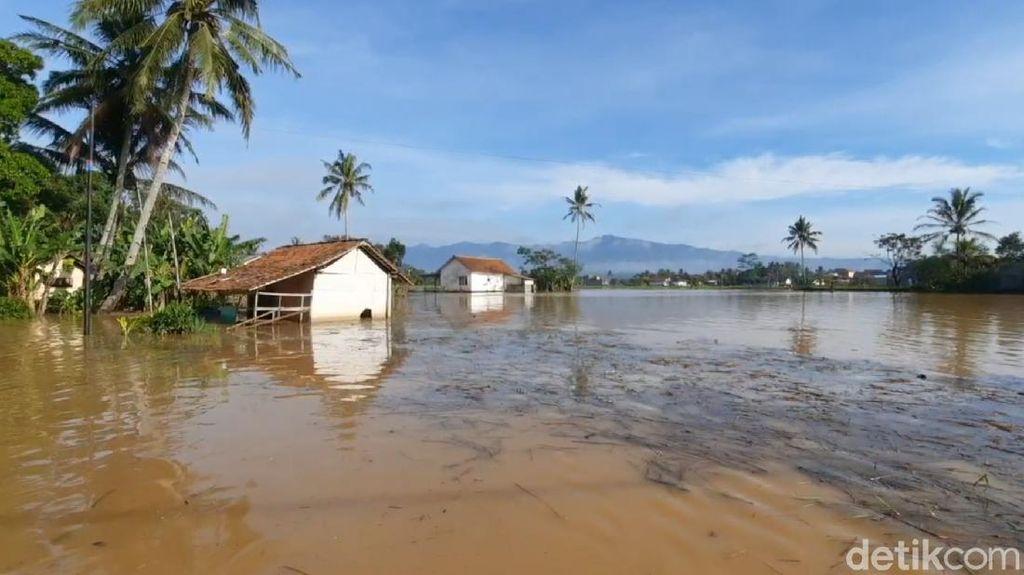BPBD Jabar: Bandung Raya-Tasikmalaya Siaga Banjir!