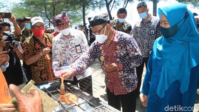fish market festival