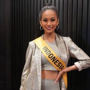 Gaya Seksi Aurra Kharisma di Preliminary Miss Grand International 2020