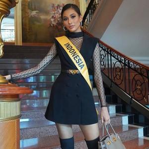 9 Gaya Seksi Aurra Kharisma di Miss Grand International 2020, Manglingi!