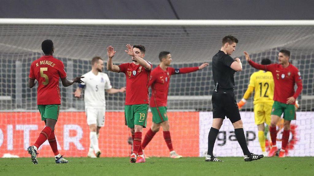 Portugal Kalahkan Azerbaijan Lewat Gol Bunuh Diri