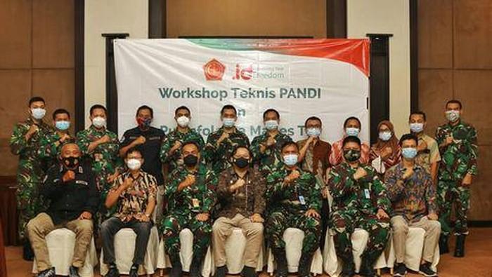 Untuk meningkatkan layanan dan keamanan nama domain mil.id, Pengelola Nama Domain Internet Indonesia (Pandi) berkolaborasi dengan Pusat Informasi dan Pengolahan Data (Pusinfolahta) TNI.