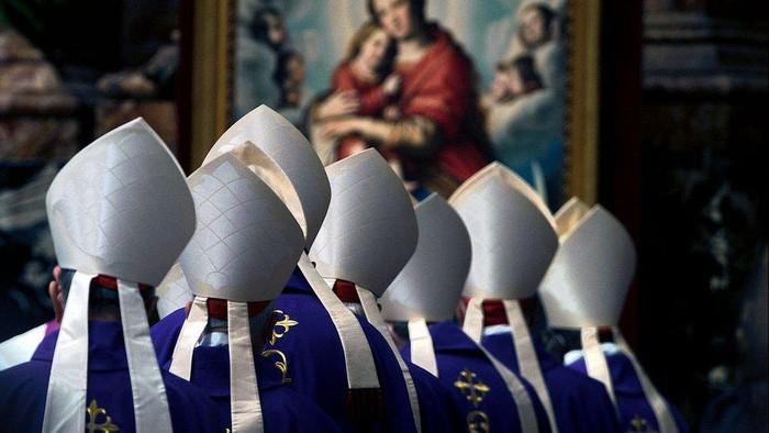 Paus Fransiskus potong gaji para kardinal setelah pandemi Covid-19 bikin Vatikan defisit