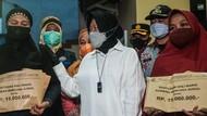 Momen Haru Risma Beri Santunan ke Keluarga Korban Kebakaran Matraman