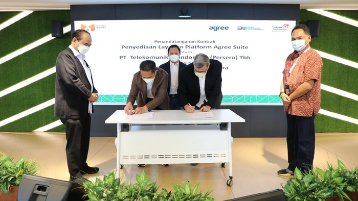 Penandatanganan kerja sama Penyediaan Layanan Platform Agree Suite antara PT Telkom Indonesia (Persero) Tbk (Telkom) dan PT Mitra BUMDes Nusantara (MBN)