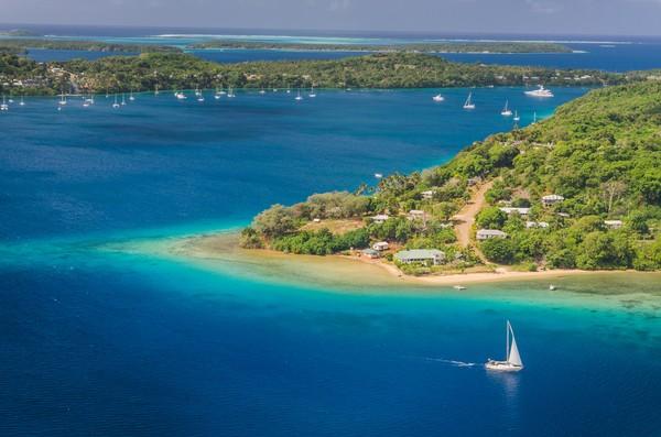 Negara ini memiliki 176 pulau kecil, namun hanya 36 pulau saja yang dihuni. (Getty Images/iStockphoto)