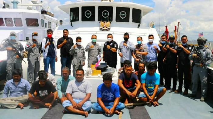 Bakamla Tangkap Basah 2 Kapal Berbendera Malaysia