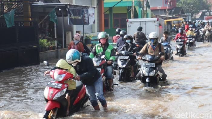 Banjir di Bandung.
