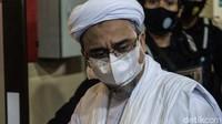 Panas Dingin Habib Rizieq dan Jaksa-Polisi: Dulu Mengecam, Kini Memuji