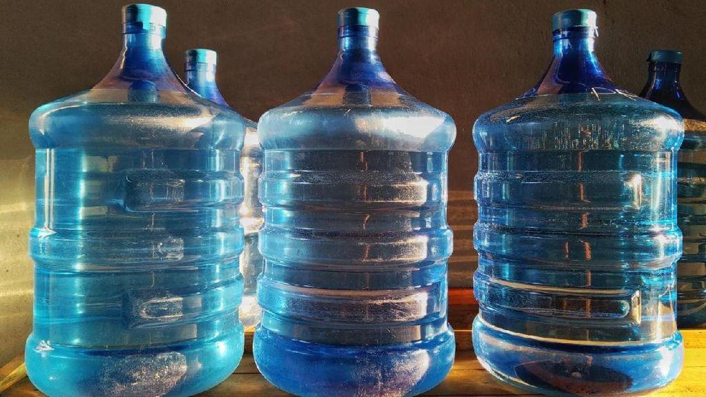 Zat Berbahaya Ini Bisa Picu Kanker, YLKI Minta Dihilangkan dari Kemasan Air Minum