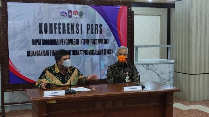 Kepala BPKP dan Gubenur Jawa Tengah Ganjar Pranowo