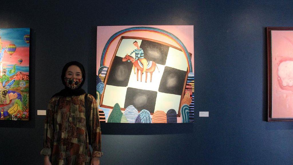 Dikenal Mendunia Lewat Gacon, Imelda Adams Hadirkan Lukisan Unik Lain