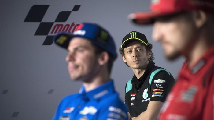 DOHA, QATAR - MARCH 25: Valentino Rossi of Italy and Petronas Yamaha SRT looks on during the press conference pre-event during the MotoGP of Qatar - Previews at Losail Circuit on March 25, 2021 in Doha, Qatar. (Photo by Mirco Lazzari gp/Getty Images)