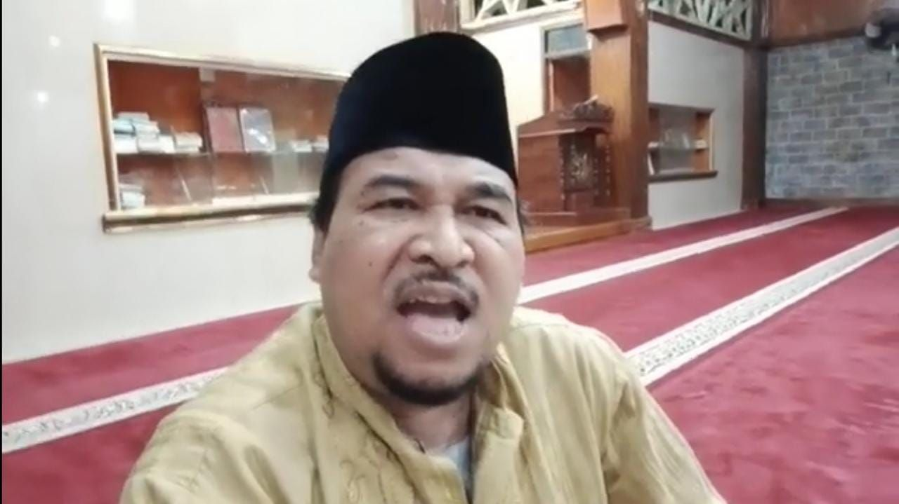 Sosok Cecep Habib dalam potongan video yang viral di medsos
