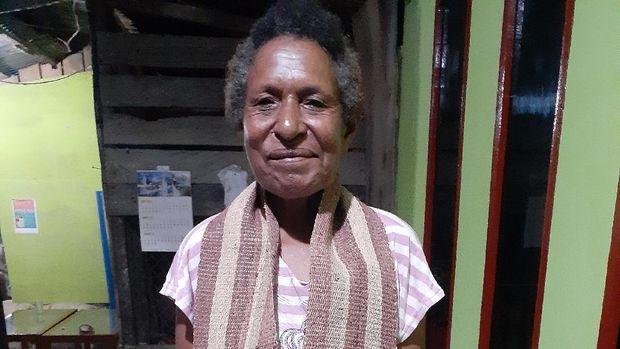 Tenun Terfo dari Suku Sobey di Papua
