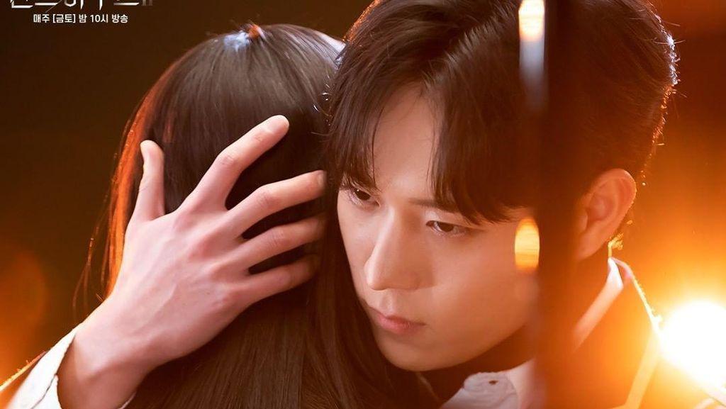 Kenapa Sih Remaja Cewek Bisa Keranjingan Drama Korea? Ini Kata Pakar Unair