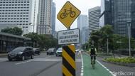 Pemprov DKI Gelar Sayembara Desain Jalur Sepeda Terproteksi