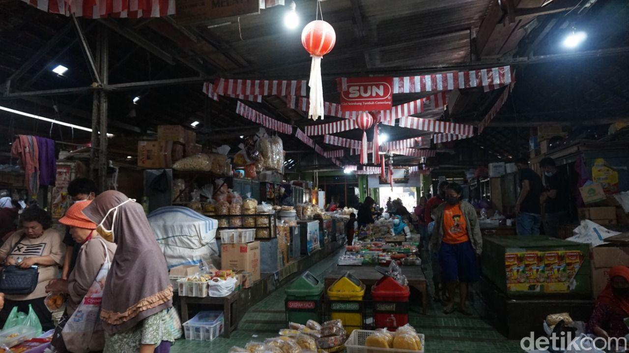 getuk di pasar legi kotagede, Yogyakarta