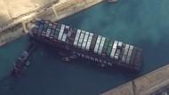 Sisa Cerita Kandasnya Kapal Kargo di Terusan Suez: Kutukan Firaun dan Sex Toys