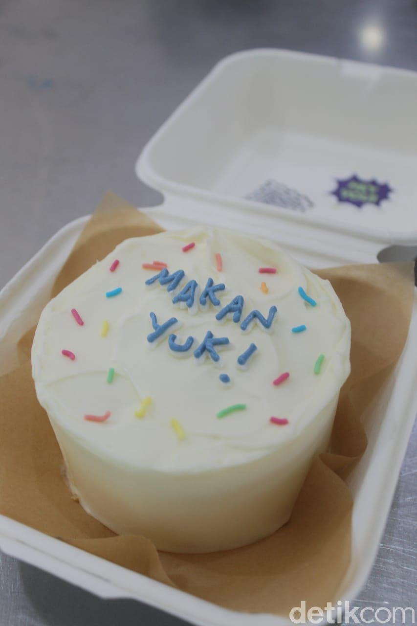 Berkah Pandemi, Ulla dan Febby Kini Sukses Jualan Lunch Box Cake