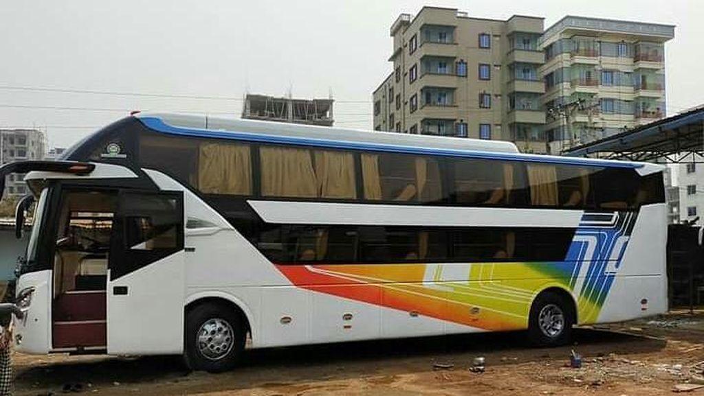 Lihat Lebih Dekat Sleeper Bus Buatan Indonesia yang Dijiplak Negara Lain