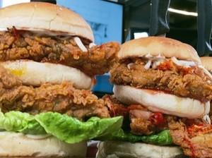 Masak Masak : Burger Ayam Geprek yang Bikin Puas dan Kenyang