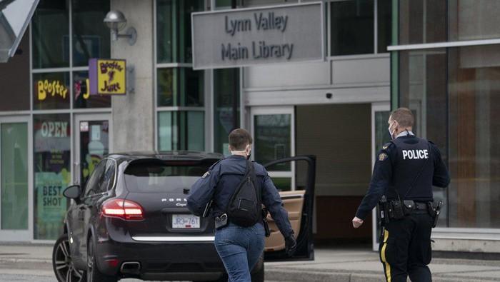 Penikaman di Perpustakaan Kanada