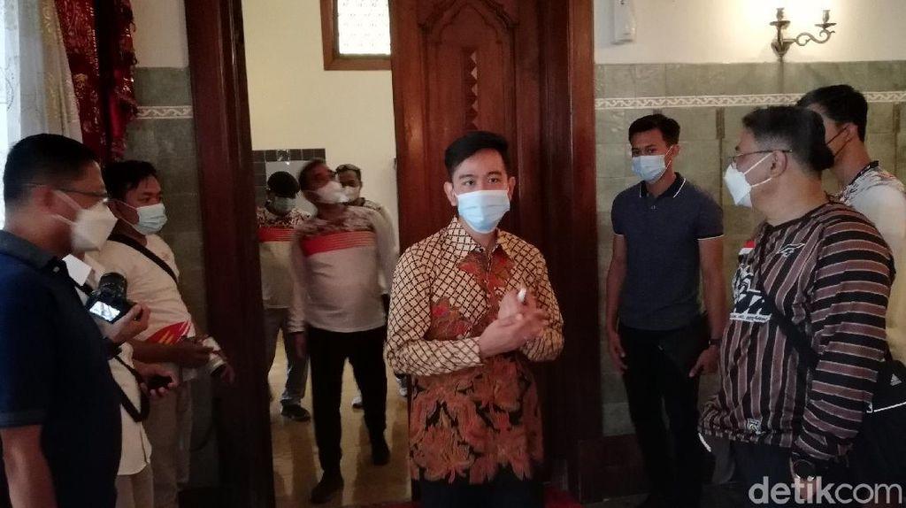 Gibran Pastikan Jokowi Tak Akan Mudik ke Solo