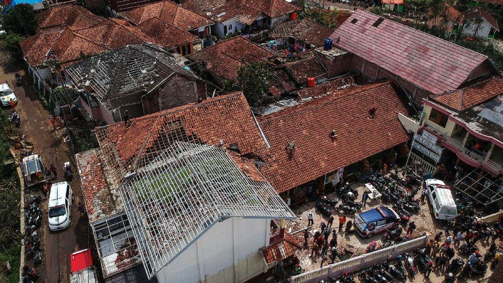 Puting Beliung di Bandung, LAPAN Jelaskan Fenomena Bow Echo