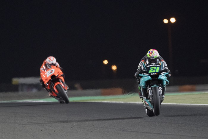 DOHA, QATAR - MARCH 28: Franco Morbidelli of Italy and Petronas Yamaha SRT leads the field during the MotoGP race during the MotoGP of Qatar - Race at Losail Circuit on March 28, 2021 in Doha, Qatar. (Photo by Mirco Lazzari gp/Getty Images)