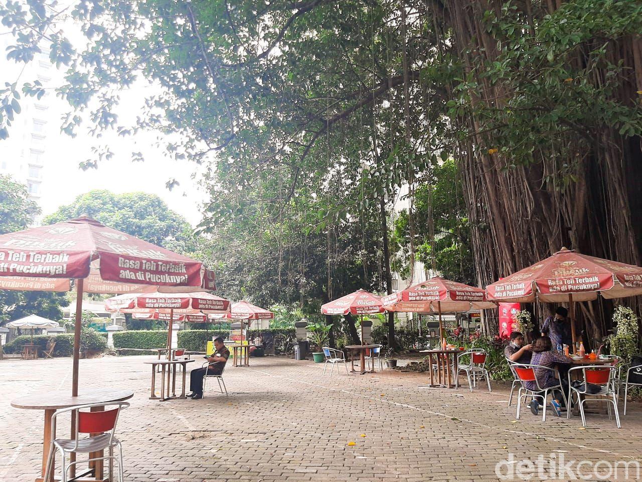 Mie Gaul Senayan; Sedapnya Mie Ayam dan Yamin 'Hidden Gems' yang Tempatnya Asri