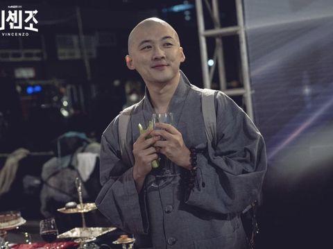 Pemain Drama Korea Vincenzo, Kwon Sang Woo