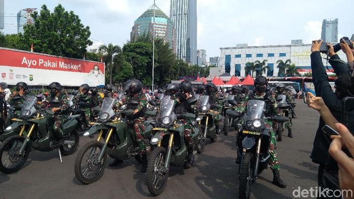 Persiapan patroli ke sejumlah gereja di Jakarta (Adhyasta Dirgantara/detikcom)