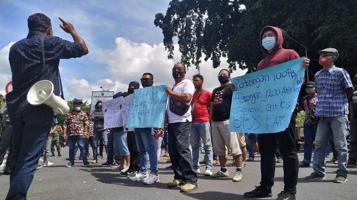 Puluhan Eks Tenaga Outsourching Pemkot Blitar Gelar Demo Tanyakan Tranparansi Rekruitmen