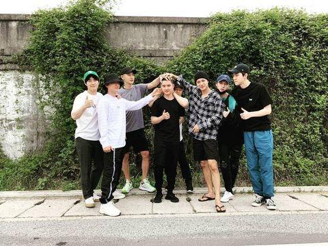 Tradisi Member EXO