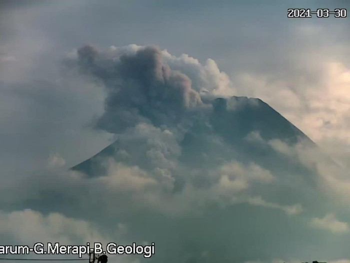 Awan panas Gunung Merapi, 30-3-2021 pagi