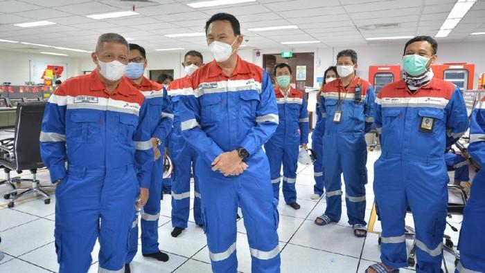 komisaris pertamina ahok kilang balongan